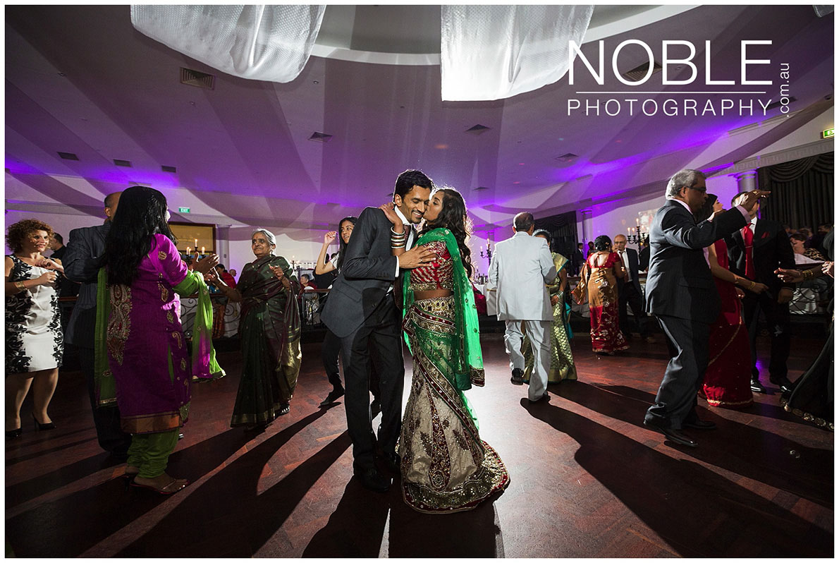 indian-wedding-dancing.JPG